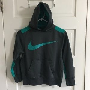 Nike Hoodie Boys Medium